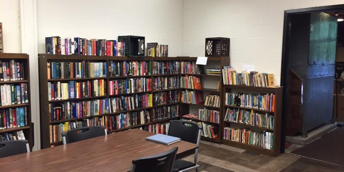 book-sale-room